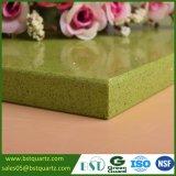 Shining зеленый Countertop камня кварца для кухни