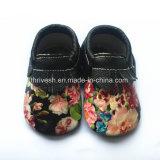 牛赤ん坊靴、柔らかい唯一の革赤ん坊の幼児幼児の子供