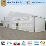 Big partie tente de PVC Aluminium 30x60m (30m de large et 60m de long) pour les événements extérieurs, 1200 Les clients s'asseoir aux tables rondes