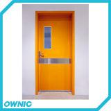 Puerta del sitio limpio con la puerta médica de la sala paciente de la bisagra