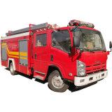 Isuzu 700p série 4000litre d'eau et le réservoir de mousse camion à incendie