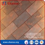 Le mattonelle bianche su ordine impermeabilizzano le mattonelle di ceramica esterne della parete