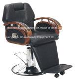 Barber silla con reposabrazos de madera maciza de color diferente para el hombre en el Salón de belleza