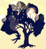 木の景色の細工した技術の装飾の柱時計
