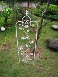 Joli obélisque de guindineau de fer de Wrougt pour la fleur ou les plantes