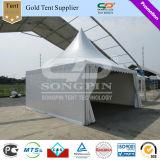 tente extérieure de pagoda de PVC de blanc de 5X5m avec le flanc et décorations pour le mariage