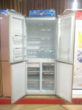 A+ 420L à côté d'un réfrigérateur avec congélateur 4 portes