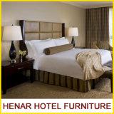 モーテル6の別荘のアパートのためのクルミの純木のカシのホテルの家具