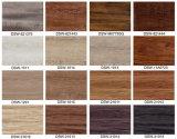 美しい木製デザイン板が付いている帯電防止ビニールのフロアーリング