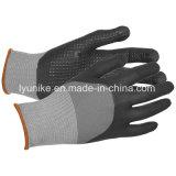 Черный нитриловые перчатки работы с покрытием