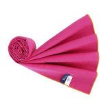 De gepersonaliseerde Handdoek Van uitstekende kwaliteit van de Sport Microfiber met Zak