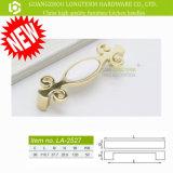 Verchroomd /Gold plateerde de Buitensporige Handvatten van de Deur van het Kabinet van de Legering van het Zink Ceramische