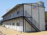 Construída em estrutura de aço Prefab House