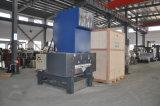 De Machine van de Mixer van de hoge snelheid voor Plastic Grondstoffen wordt geplaatst die