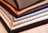 Пряжа ткани покрашенная в полотне