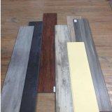 4mm Click-Joinery élégant plancher recouvert de vinyle SPC pour Office / Shopping Mall