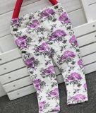 طفلة زهرة لهاث في أطفال ملابس