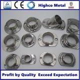 Inferriata e balaustra dell'acciaio inossidabile con la base del corrimano