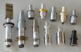 De plastic Machines van het Lassen pasten Ultrasone Hoornen & Inrichtingen aan