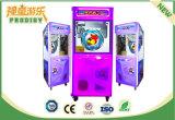 La máquina premiada de fichas embroma la máquina de juegos de la grúa para el centro comercial