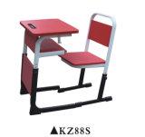 Escuela ajustable mesa y silla con la parte delantera tabla