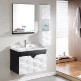Governo solido diritto libero di legno del dispersore di vanità della stanza da bagno