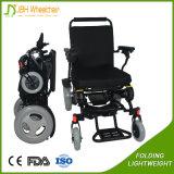 Серебряные с ограниченными возможностями напольные спорты привели кресло-коляску в действие для пожилых людей