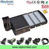 屋外の駐車場は光電池150W Shoebox LEDの街灯をつける
