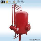 消火活動システムのための縦の泡タンク