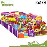 Equipamento interno atrativo Multifunctional do campo de jogos para a venda