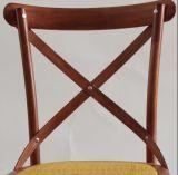 結婚式およびイベントのためのブラウンの藤のCrossbackの椅子