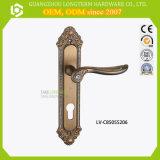 Suggerire la doppia serratura di portello d'ottone con Deadbolt