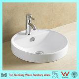 La moitié en vertu de la porcelaine sanitaire Salle de bains montés sur le bassin de lavage à main