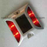 Parafuso prisioneiro solar de alumínio reflexivo da estrada do diodo emissor de luz do olho de gato dos marcadores da estrada