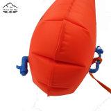 wasserdichte trockener Beutel-sich hin- und herbewegende Schwimmen-Bojen-Bag des neuen Entwurfs-28L aufblasbare See-Bojen mit doppelten Luftsäcken und Pfeife-Faltenbildung