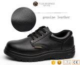 De zwarte Schoenen van de Veiligheid van de Teen van het Staal van het Leer met Rubber Enige Mensen