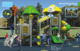 Im Freiengemeinschaftsspielplatz-Gerät für Kinder