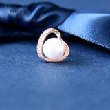 Vite prigioniera degli orecchini del nastro 925 della perla di figura del cuore di Zircons dell'oro della Rosa
