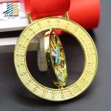 주문을 받아서 만들어진 금속 회전시키기 메달
