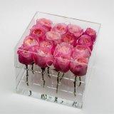Plaza de acrílico transparente personalizado Rosa regalo de flores Embalaje con agujeros y tapa para el 12 de rosas frescas