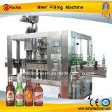 Kleines Bier-automatische füllende mit einer Kappe bedeckende Maschine