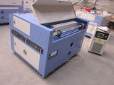 O laser do CO2 gravam e a máquina de estaca para cortar o PVC de Farbic