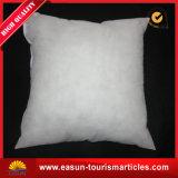 スリープの状態である綿の枕首の枕航空