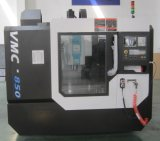 Centro fazendo à máquina de trituração do CNC de China (Vmc850)