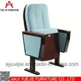 新しいデザイン金属のArmrest Yj1012が付いている簡単な講堂の椅子