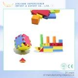 Feliz sueño de la infancia de los bloques huecos de madera Bloques de construcción