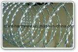 軍隊の使用のためのアコーディオン式かみそりの有刺鉄線