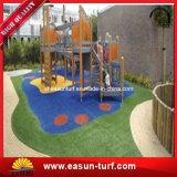 De Chinese Kunstmatige Fabriek van het Gras voor Kleuterschool en Speelplaatsen