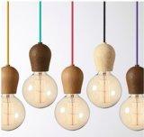 Diseño en madera de cable de lámpara colgante