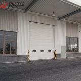 Дверь гаража конструкции стальной структуры изолированная накладными расходами автоматическая сползая с алюминиевой панелью